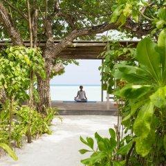 Отель LUX South Ari Atoll фитнесс-зал фото 2