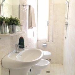Byron Light Hotel 2* Номер категории Эконом с различными типами кроватей фото 5