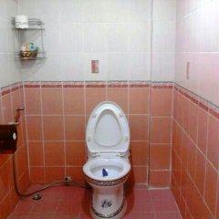 Отель Puphaya Budget 122 Паттайя ванная