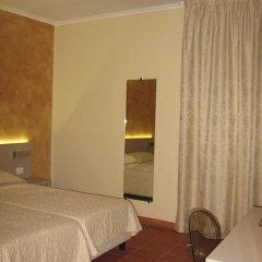 Отель Albergo Firenze 3* Стандартный номер с различными типами кроватей фото 12