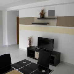 Апартаменты Apartments Rafailovici комната для гостей фото 3