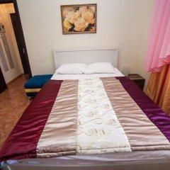 Гостиница Ласточкино гнездо Стандартный семейный номер с двуспальной кроватью фото 8