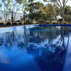 Отель Casa Nostra Motel бассейн