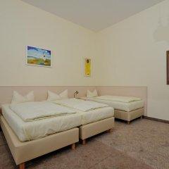 Отель Hotelpension Margrit 2* Стандартный номер с двуспальной кроватью фото 10