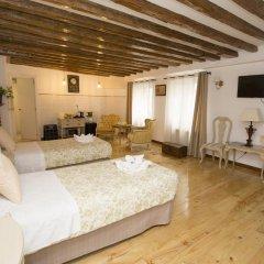 Отель Hostal Central Palace Madrid Стандартный номер с 2 отдельными кроватями фото 3