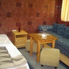 Shans 2 Hostel Стандартный номер с 2 отдельными кроватями фото 6
