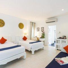 Отель Laksasubha Hua Hin 4* Стандартный номер с различными типами кроватей фото 4