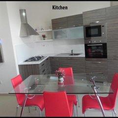 Апартаменты Marsascala Luxury Apartment & Penthouse Марсаскала в номере
