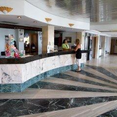 Отель Apartamentos Playa Moreia интерьер отеля