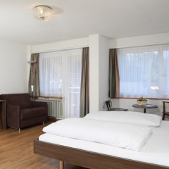Hotel Crystal 3* Улучшенный номер с 2 отдельными кроватями фото 5