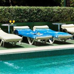 Отель Guya Wave бассейн