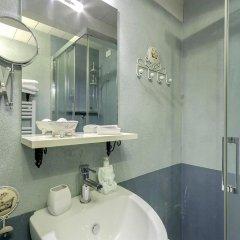 Отель LM Suite Spagna 3* Стандартный номер с двуспальной кроватью фото 28
