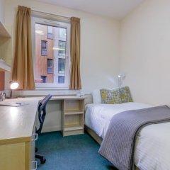 Отель Will Wyatt Court комната для гостей