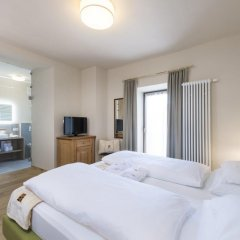 Hotel Ansitz Rungghof Аппиано-сулла-Страда-дель-Вино комната для гостей