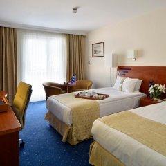 Отель Holiday Inn Istanbul City 5* Стандартный номер с различными типами кроватей