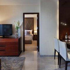 Отель Crowne Plaza Tel Aviv Beach удобства в номере