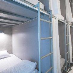 Отель 2W Bed & Breakfast Bangkok 2* Кровать в общем номере