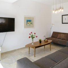 Апартаменты FeelHome Apartments - Eduard Bernstein Street комната для гостей фото 2