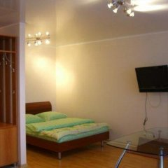 Апартаменты Luxcompany Apartment Yuzhnaya комната для гостей фото 5