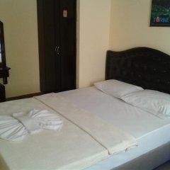 Defne & Zevkim Hotel удобства в номере