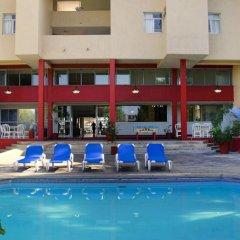 Hotel Central Parador бассейн