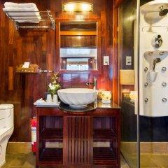 Отель Halong Paloma Cruise 4* Представительский люкс с различными типами кроватей фото 2