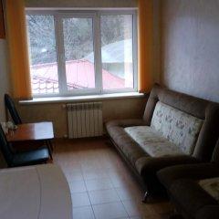 Гостевой дом Теплый номерок Люкс с различными типами кроватей фото 10
