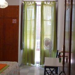 Отель Pensión Olympia 2* Стандартный номер с двуспальной кроватью (общая ванная комната) фото 28