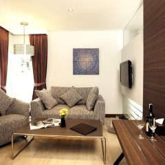 Отель Sukhumvit Suites 3* Люкс с различными типами кроватей фото 5