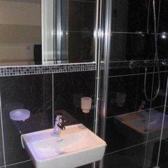 Russell Court Hotel 4* Стандартный номер с различными типами кроватей фото 7