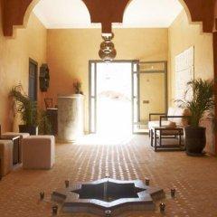 Отель Riad Bouchedor Марокко, Уарзазат - отзывы, цены и фото номеров - забронировать отель Riad Bouchedor онлайн интерьер отеля фото 3