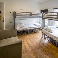 The Dictionary Hostel Кровать в женском общем номере с двухъярусной кроватью фото 6