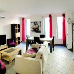 Отель Lofts Duplex et Triplex Vieux Port Cannes Франция, Канны - отзывы, цены и фото номеров - забронировать отель Lofts Duplex et Triplex Vieux Port Cannes онлайн комната для гостей фото 5