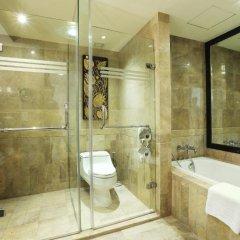 Royal Orchid Sheraton Hotel & Towers 5* Номер Делюкс с разными типами кроватей фото 7