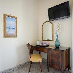 Отель Residenza Del Duca 3* Улучшенный номер с различными типами кроватей фото 31