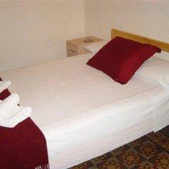 Отель Pension Picasso Барселона комната для гостей фото 2