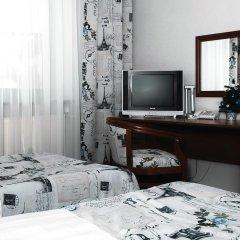 Гостиница Атланта Шереметьево в Долгопрудном 10 отзывов об отеле, цены и фото номеров - забронировать гостиницу Атланта Шереметьево онлайн Долгопрудный удобства в номере фото 2