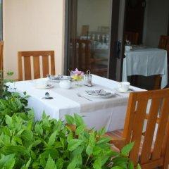 Tiki Hotel балкон
