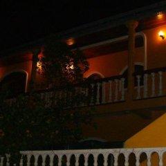 Отель Lassana Gedara Шри-Ланка, Хиккадува - отзывы, цены и фото номеров - забронировать отель Lassana Gedara онлайн балкон