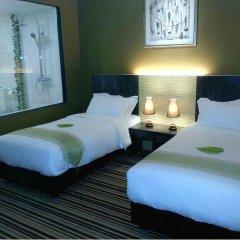 Отель Raintr33 Singapore 4* Улучшенный номер