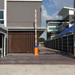 Апартаменты Modernbright Service Apartment Бангламунг парковка