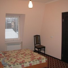 Гостиница Gostinnyy Dom na Kuznechnoy комната для гостей фото 3