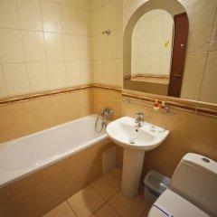 Гостиница Sani Украина, Трускавец - отзывы, цены и фото номеров - забронировать гостиницу Sani онлайн ванная