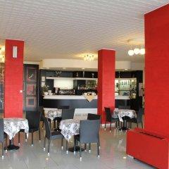 Punta Nord Village & Hotel гостиничный бар