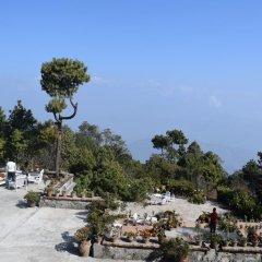 Отель The Fort Resort Непал, Нагаркот - отзывы, цены и фото номеров - забронировать отель The Fort Resort онлайн парковка