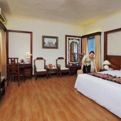 Royal Hotel Saigon 4* Номер Делюкс с различными типами кроватей фото 5
