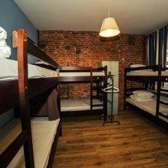 Хостел Давыдов Кровать в женском общем номере с двухъярусной кроватью фото 7