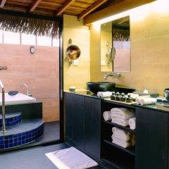 Отель Adaaran Prestige Vadoo 5* Вилла с различными типами кроватей фото 25