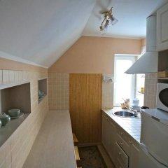 Гостевой дом Helen's Home Номер категории Эконом с 2 отдельными кроватями (общая ванная комната) фото 3
