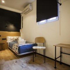 Отель Hostal CC Malasaña Стандартный номер с различными типами кроватей фото 6
